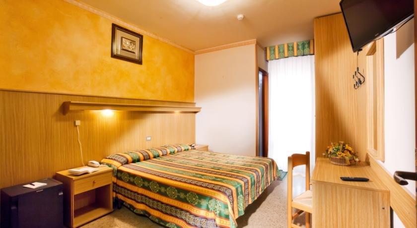 Hotel Kennedy - Una camera
